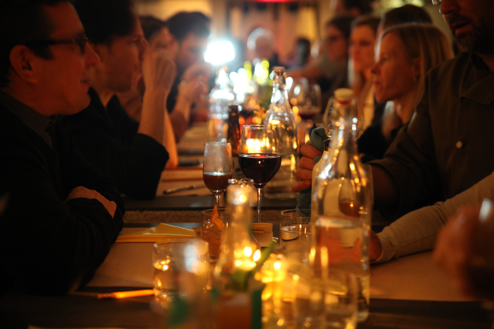 Diners at a wastED event, Mark Ostow Photographer