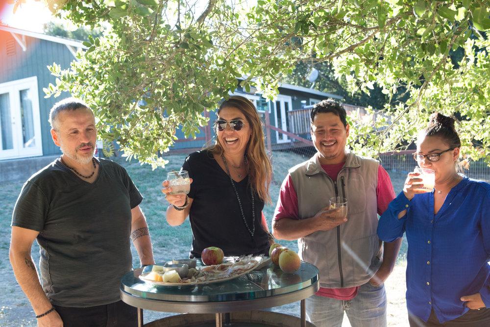 Enjoying hand-crafted cocktails at the farm with Master Pizzaiolo & Winemaker Dario De Conti, Chef Valentina Guolo Migotto, Nicadado Farm Manager Miguel Gomez & Tricia Lockridge of Fior di Sole
