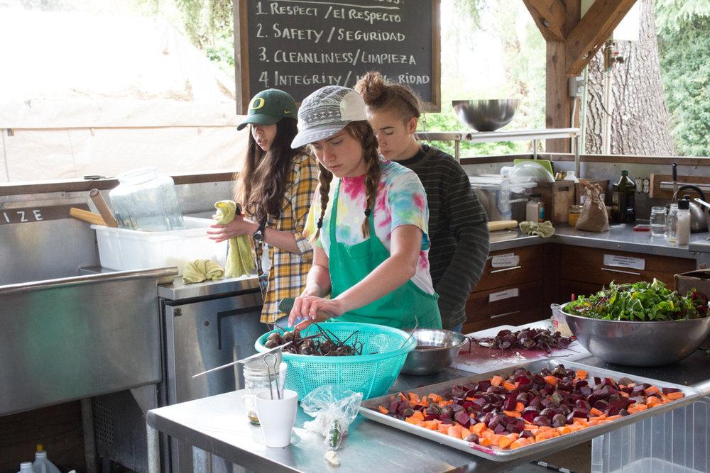 Cooking workshop, prepping root vegetables,Pie Ranch's outdoor kitchen                                                                          Photo: Julie Fineman