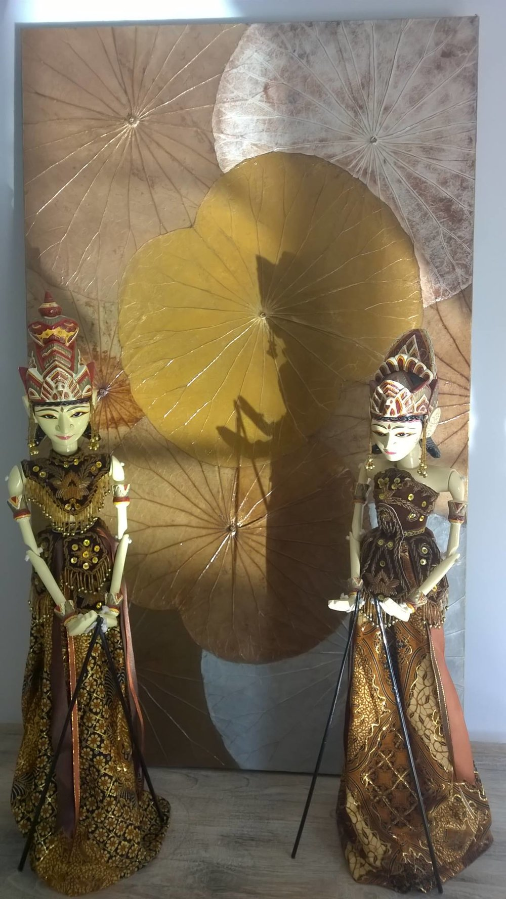 Heli masterpiece with wayang dolls.jpg