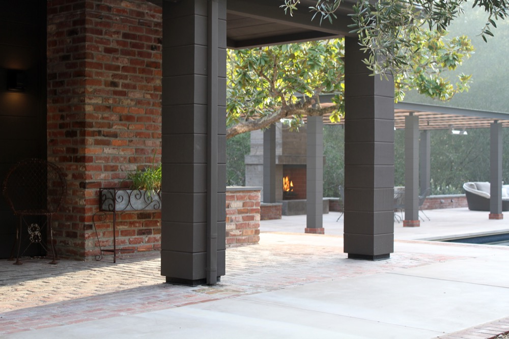 siteworks_landscape_construction_courtyard-firepit-10.jpg