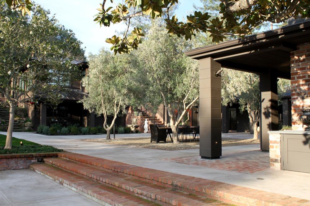 siteworks_landscape_construction_courtyard-firepit-13.jpg