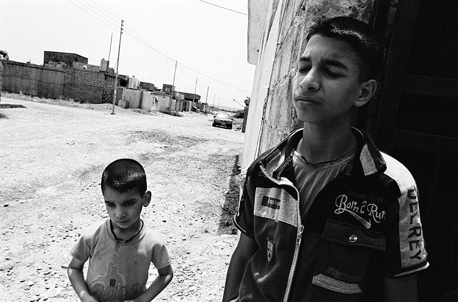 In 1980, Saddam Hussein stripped the entire Faili Kurd community in Iraq of their Iraqi nationality and forcibly deported most of the community to Iran (some 200,000 people), where they were also denied citizenship. Since 2003, many Faili Kurds have returned to Iraq but many, like these two boys, are still stateless.