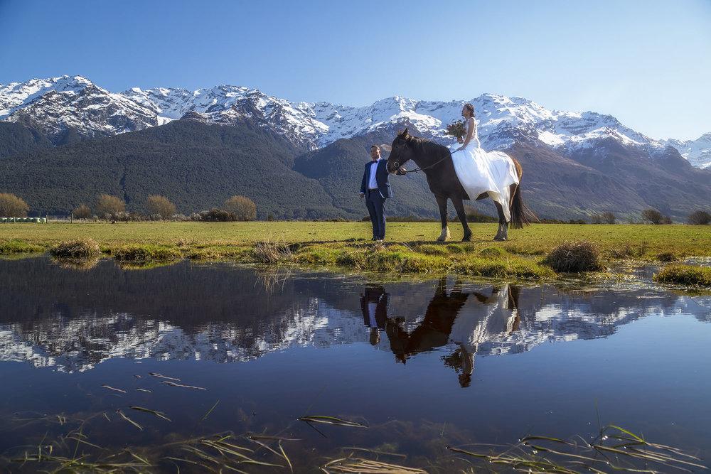 Queenstown_Wedding_Undersoul_Glenorchy_Horse.jpg