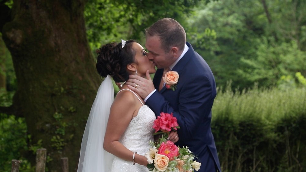 Dartmoor Wedding Film.jpg