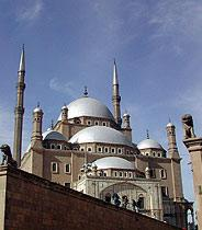 There are more mosques in Cairo than churches in Rome. This is one of the more than 3000