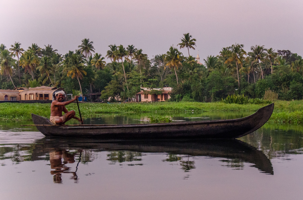 Meeting the locals while cruising on Kerala's serene backwaters