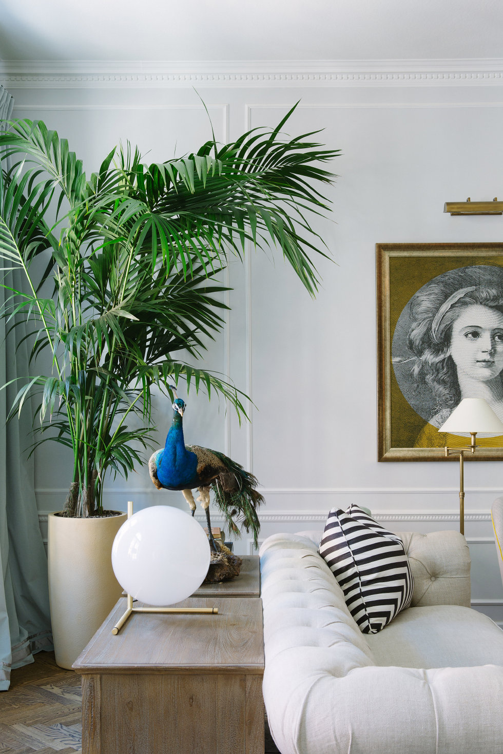 palm-tree-peacock-colours-traditional-french-parisian-apartment-loft-all-white-moulding-artwork-ideas-black-and-white-stripe-decor-trends-chevron-coastal-shop-room-ideas-makover.jpeg