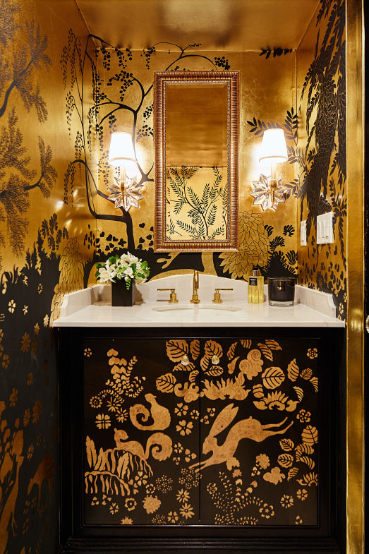 de Gournay's 'Rateau' design on Gold Bullion gilded paper