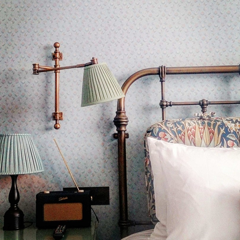 bedroom-detail-the-ned-hotel-london-conde-nast-traveller-25april17-steve-king_810x810.jpg