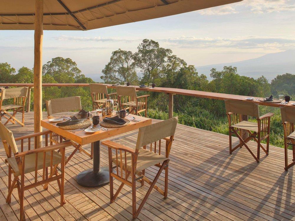 Deck-TheHighlands-Tanzania-CRHotel.jpg