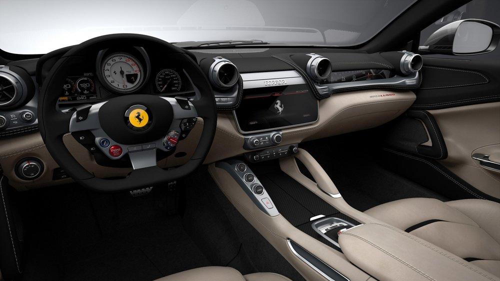 ferrari_gtc4lusso_interior_driver_s_side_300dpi_1800x1800.jpg
