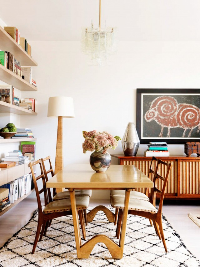 Gorgeous-wooden-midcentury-furniture-dining-room-decor.jpg