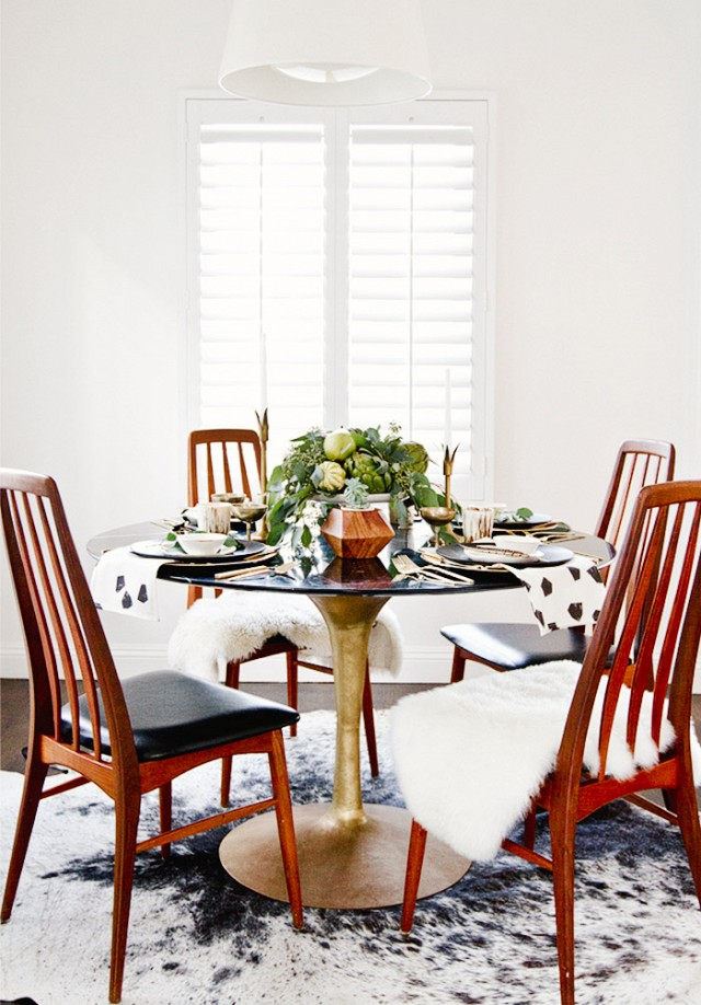 Elegant-midcentury-dining-room-with-beautiful-table-setting.jpg