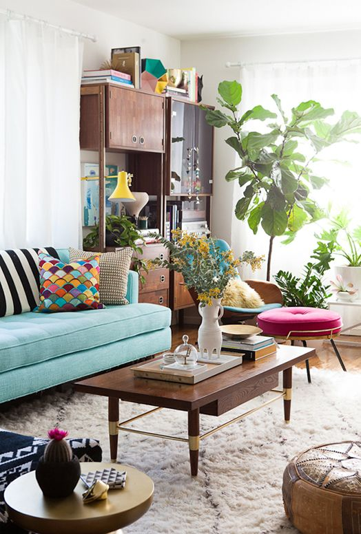 Chic-midcentury-modern-living-room-with-bohemian-vibe.jpg