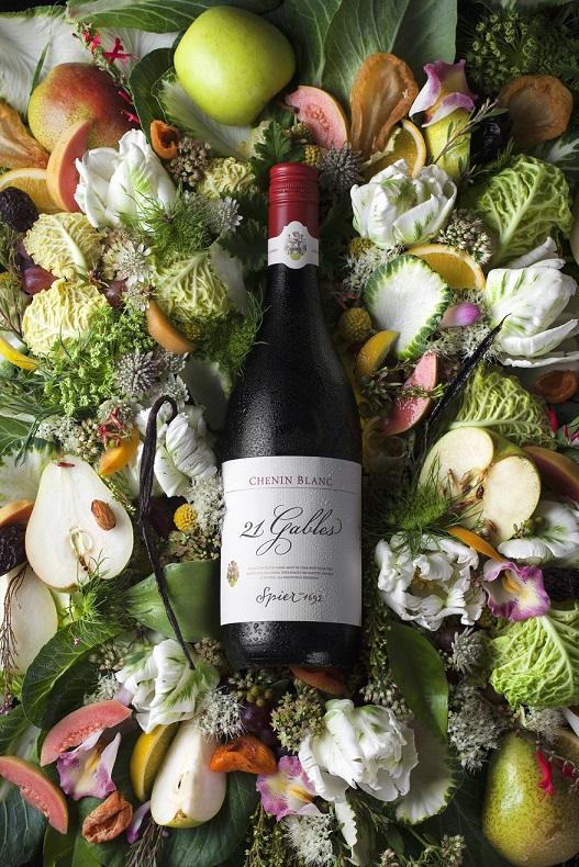 Spier 21 Gables Chenin Blanc Floral NV (LR).jpg