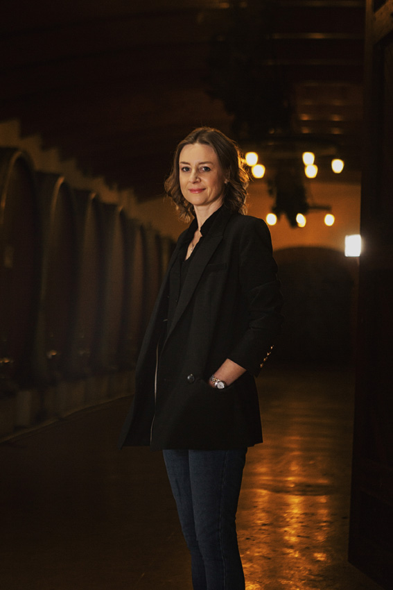 Andrea Freeborough, Nederburg cellar-master LR.jpg