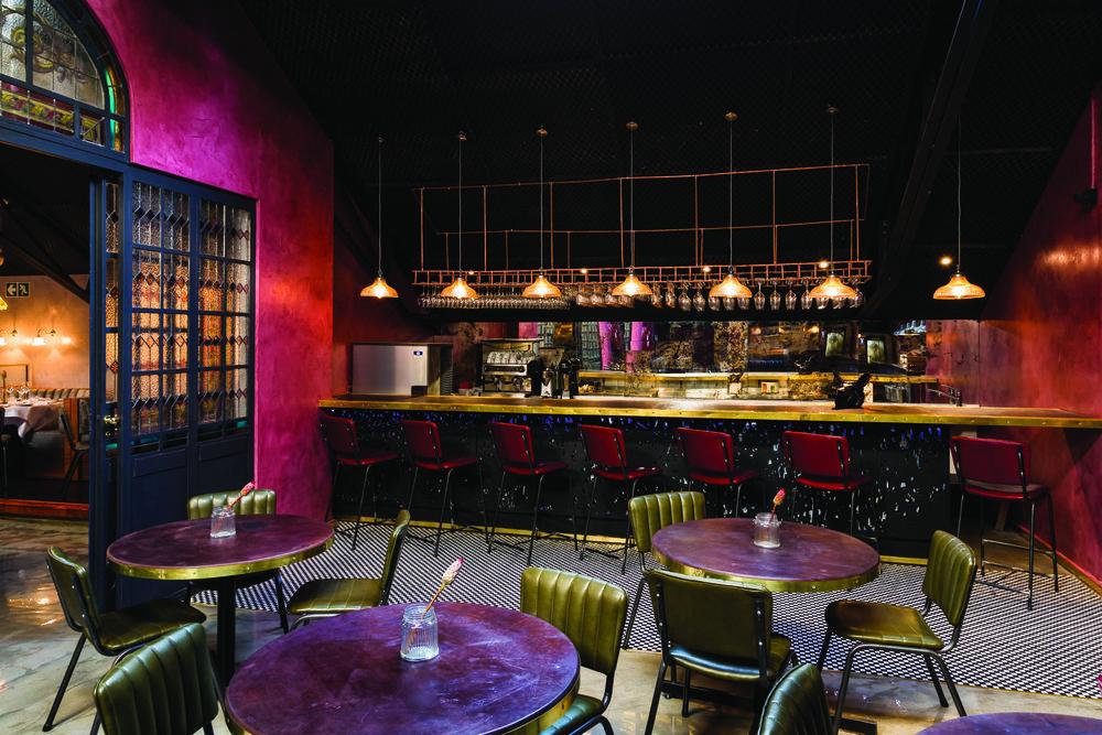 Shortmarket Club Bar (HR) 1.jpg