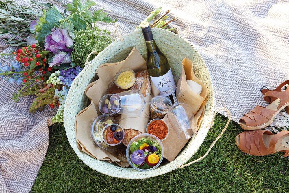Spier Farm Kitchen - picnic basket.jpg