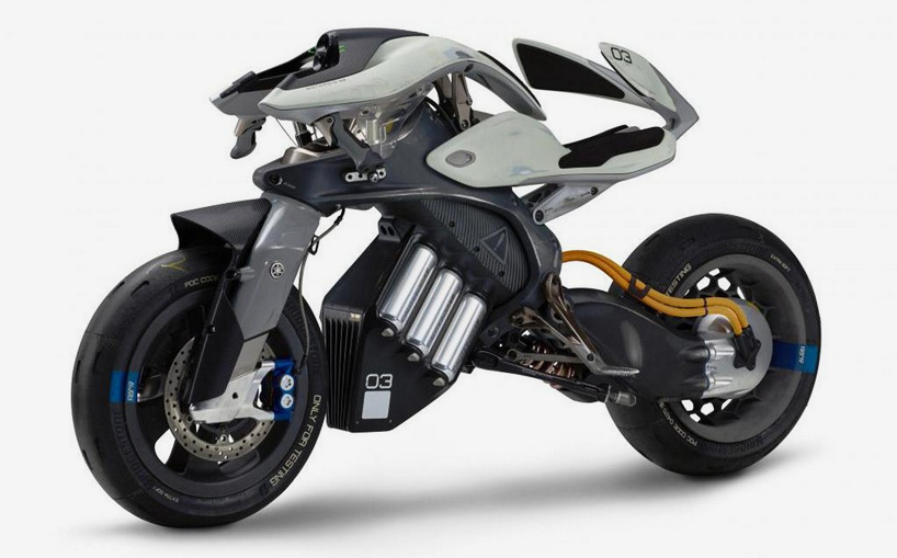 yamaha-artificial-intelligence-motorcycle-tokyo-motor-show-designboom-03.jpg