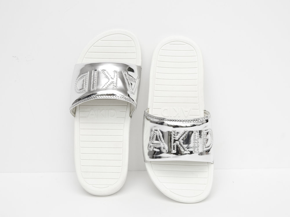 Akid aston silver slip ons
