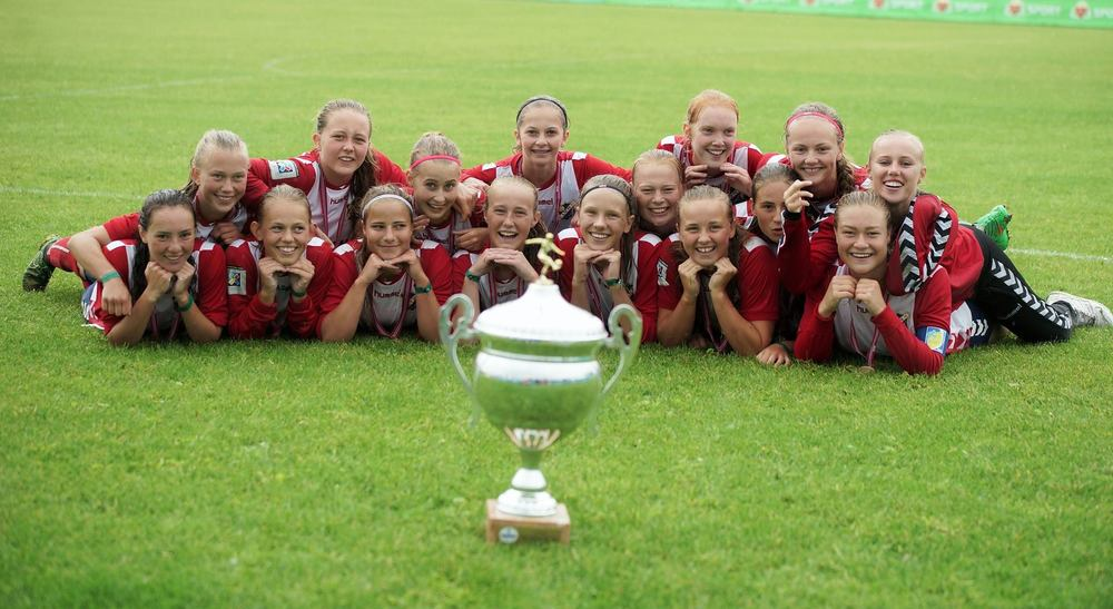 Lyn tok gull i Norway Cup - kan det gjentas i årets J16 NM? (Foto: Støtt Norsk Kvinnefotball)