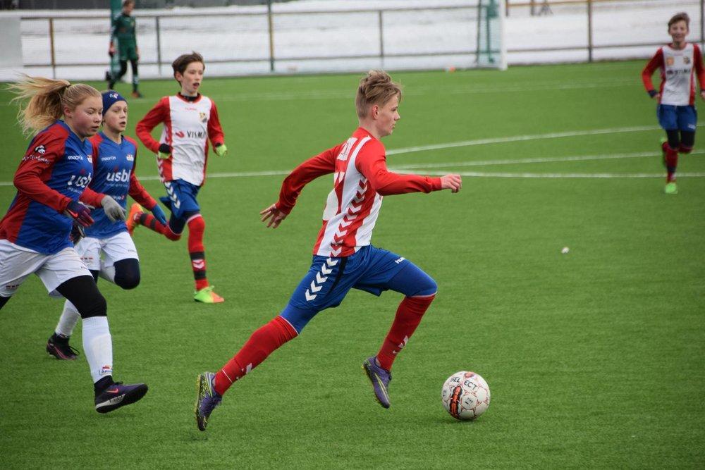 Michael N. Isaksen spilte også for G03.1 mot Årvoll. Det endte med både mål og assist for den hurtige back- og kantspilleren som i denne kampen spilte offensiv midtbane.