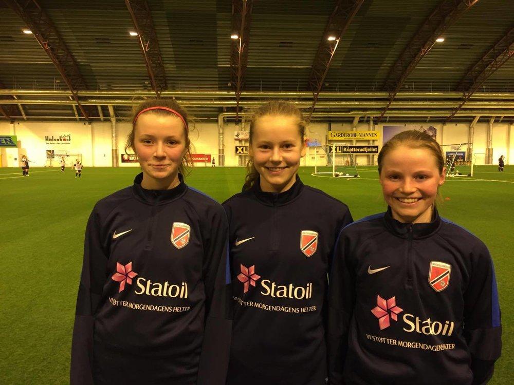 Bildet f.v: Thea Sørbo, Selma Pettersen og Christina Osnes-Ringen Foto: Privat