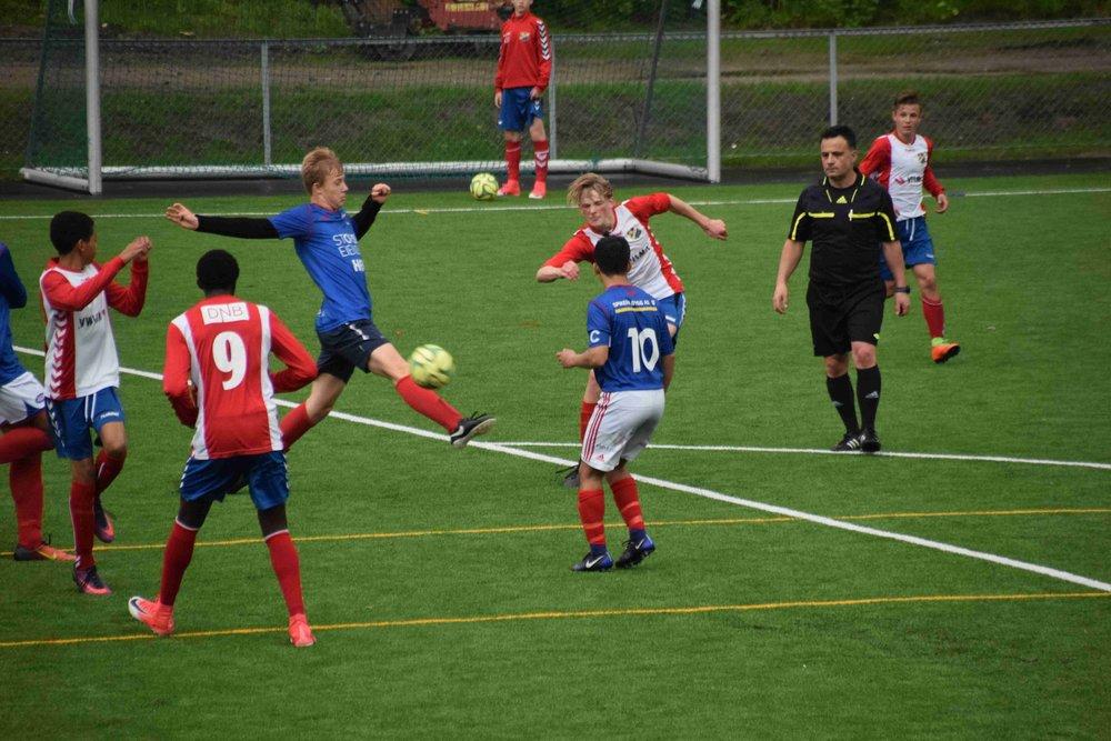 Lyn er klar for 1. divisjon høst 2017 etter seier 5-1 mot Vålerenga.