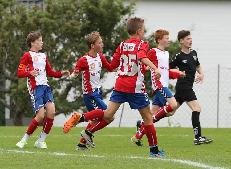 7f664475 Kjære fotballforelder, foreldertrener og andre fotballinteresserte — Lyn  fotball
