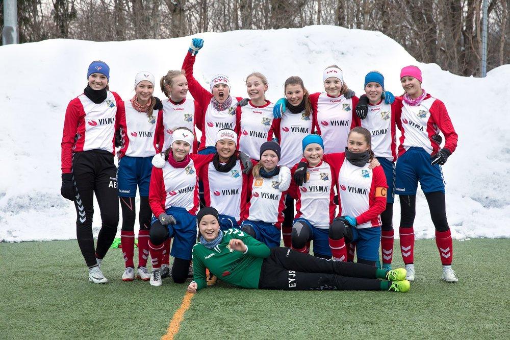 Lagfoto før match. Foto: Dag Standal