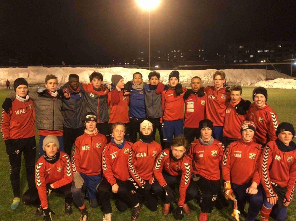 Disse gutta, samt noen flere som ikke var til stede da bildet ble tatt, er veldig klar for seriestart!