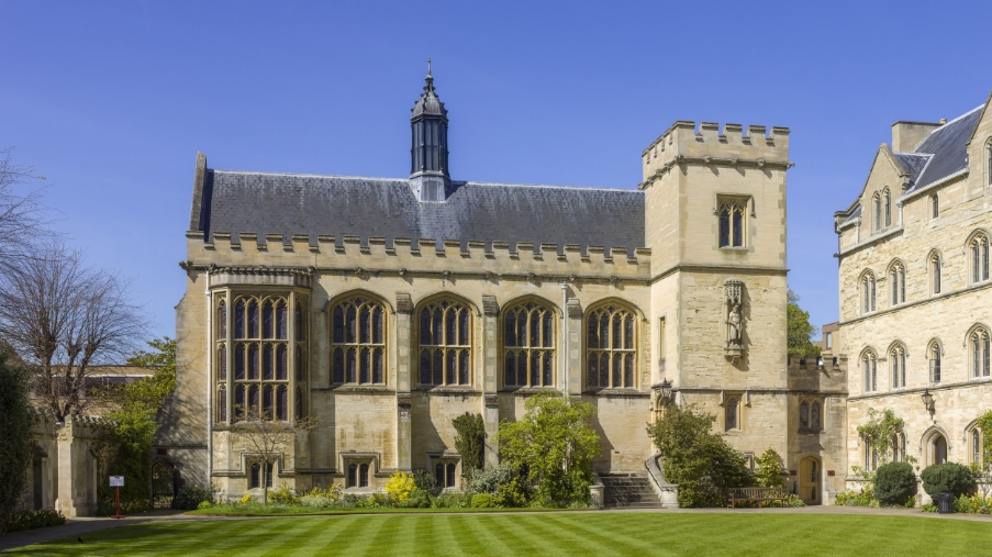 UK-2014-Oxford-Pembroke_College_04.jpg