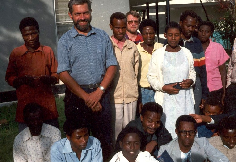 1993 Deltagere Dodomaseminar (1).JPG