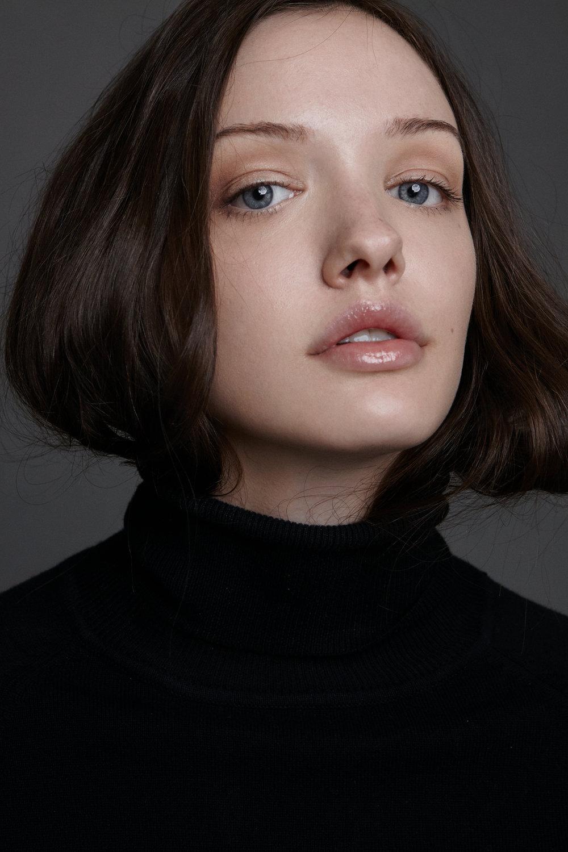 model CATHERINE(BERNINI MONTAGE) hair&makeup KIM ABECASSIS