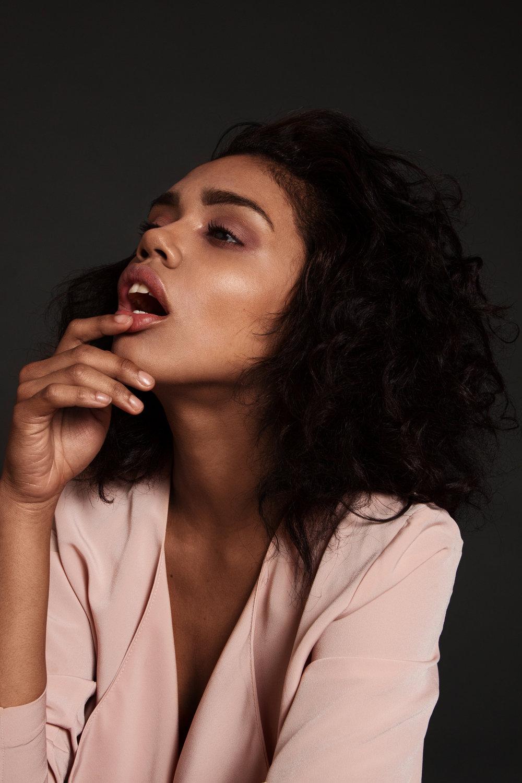 hair&makeup SANDRINE MARTINEAU model AMELIE PM