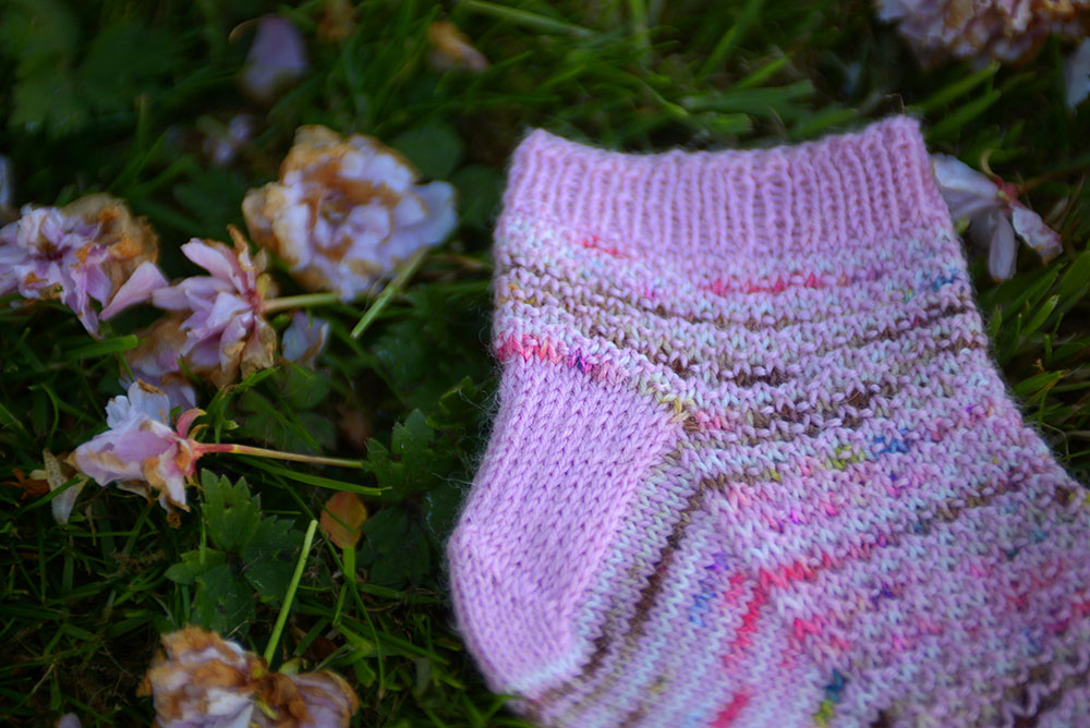 Scrap Yarn Ankle Socks > LB Handknits