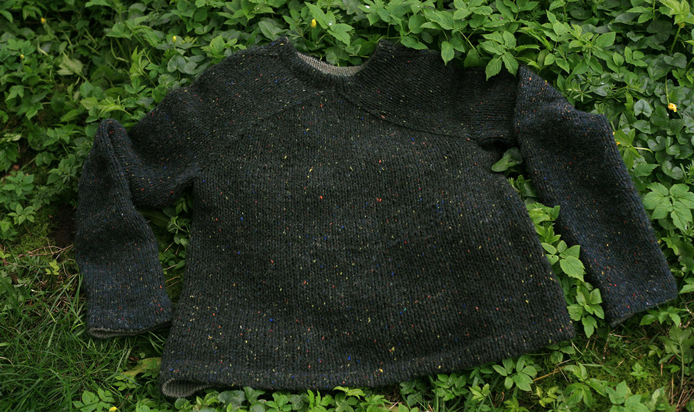 0511ec4ec It was over a year ago now that I wrote about knitting a top-down version  of Elizabeth Zimmermann s  Hurry Up! Last Minute Sweater  from The  Knitter s ...