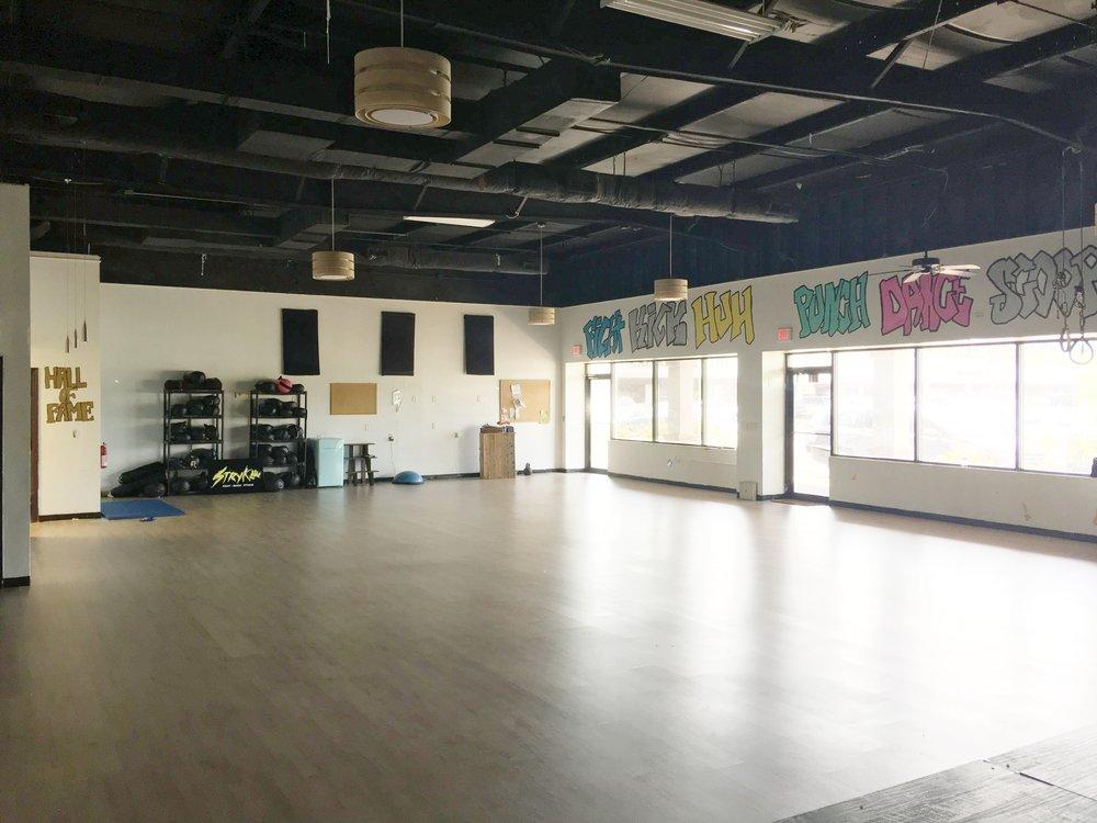 Stryke Fitness Studio Charleston SC Fight Dance Fitness Workout6.JPG