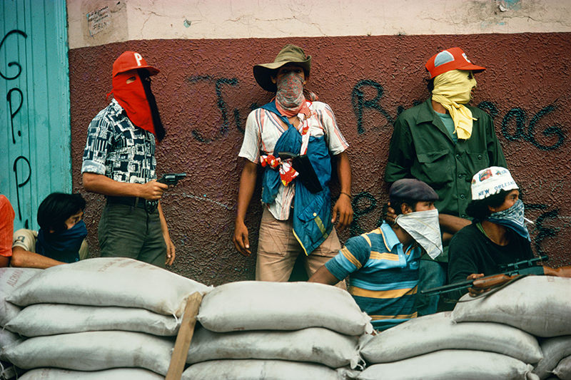 Susan Meiselas,   Muchachos await counterattack by the National Guard, Matagalpa .