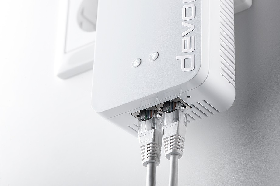 Devolo dLAN 1200+ Wifi AC - Photograph courtesy of Devolo