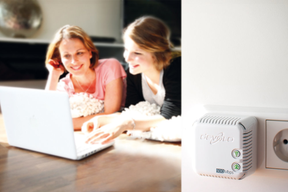 Devolo dLAN POWERLINE module with WIFI ACCESS POINT - Photograpg courtesy of Devolo AG