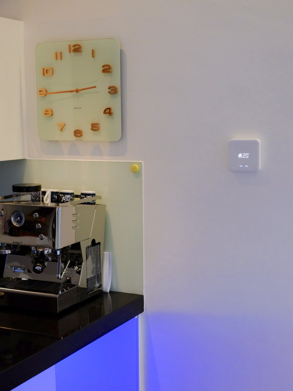 Tado Thermostat, Flic Smart Button and old school espresso machine - Photograph Philippe Regnier
