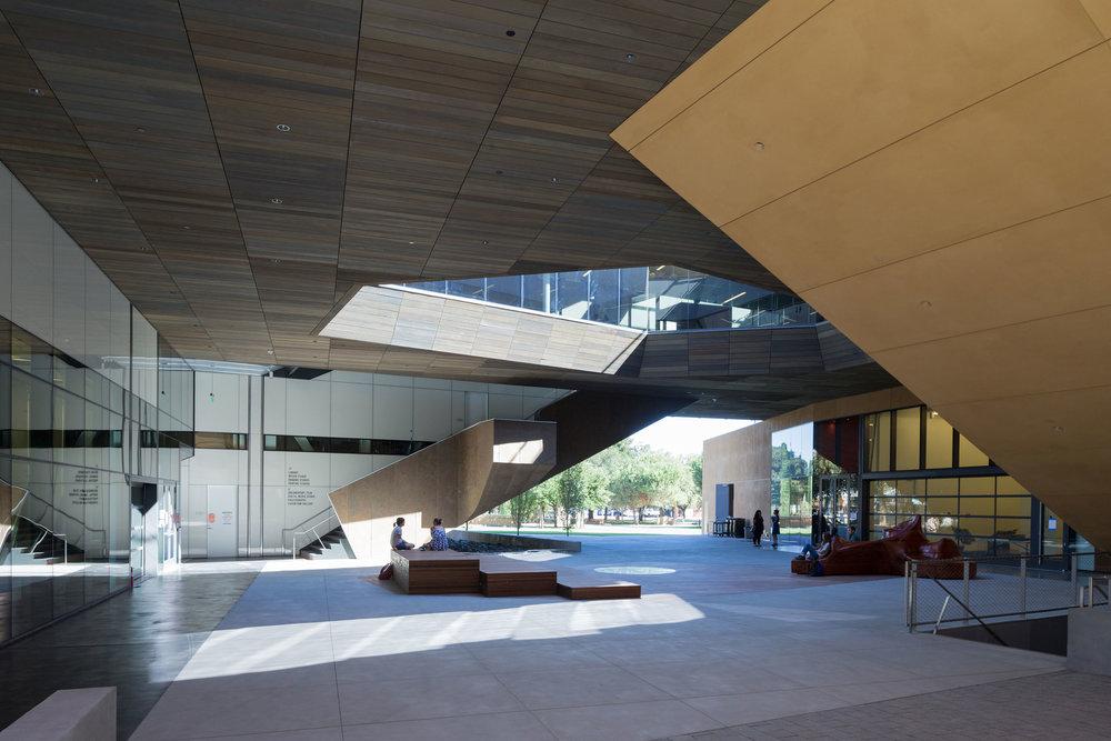 Stanford-DSR-15-09-7404.jpg