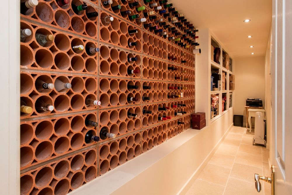 Draycote-Wine-01A.jpg