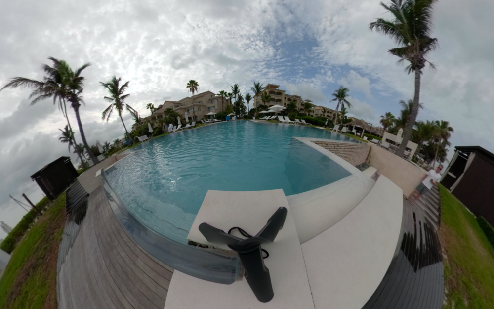 Grace Bay Pool, Turks and Caicos - Click for VR 360