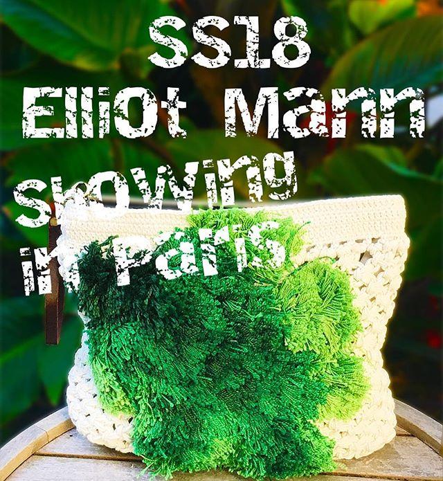 Showing our SS18 Collection in Paris this week🙌🏻 #premiereclasse #parisfashionweek2017 #elliotmannnyc #elliotmann #elliotmannbag #ss18collection #tuilleries #jardindestuileries #comeseeus