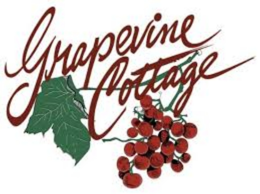 Grapevine Cottage  - ZIONSVILLE IN