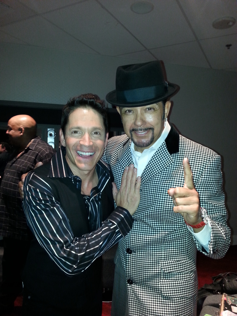 DAVE KOZ, JD AND GERALD ALBRIGHT IN THE BACKGROUND BACKSTAGE AFTER DAVE'S SHOW IN LAS VEGAS 2013.jpg