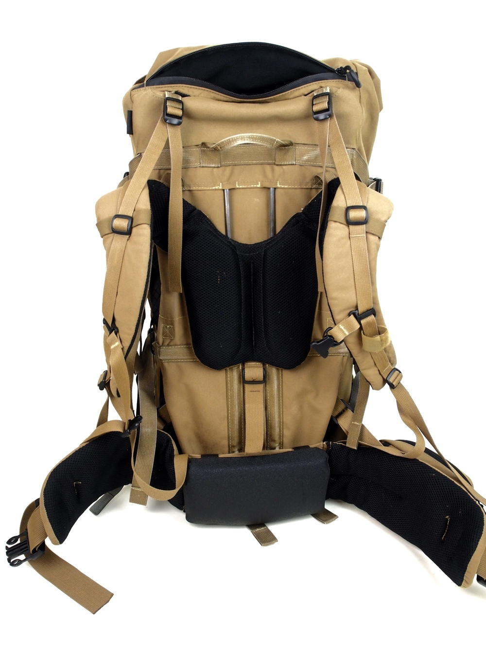 Shown here is the 2016 Daypack on a 2014 Exo Frame.  Nice and snug.